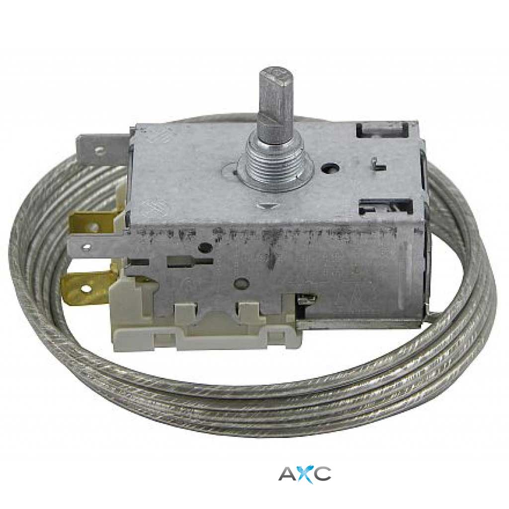 Thermostat for refrigerator circuit sparkling water dispensers